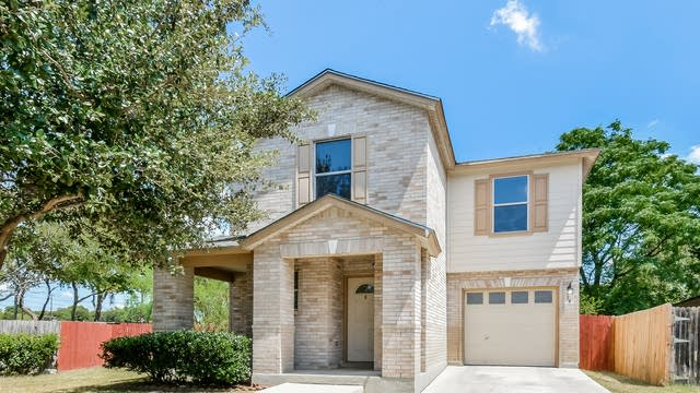 Photo 1 of 25 - 54 Basin Elm, San Antonio, TX 78239