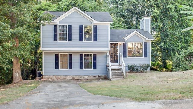 Photo 1 of 17 - 2556 Wind Forest Ct, Norcross, GA 30071