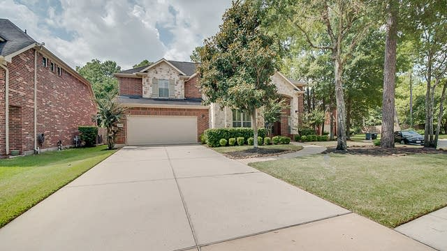 Photo 1 of 50 - 12406 Wide River Ln, Humble, TX 77346