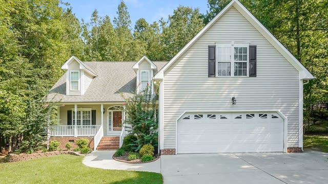 Photo 1 of 25 - 210 Normandy Dr, Clayton, NC 27527