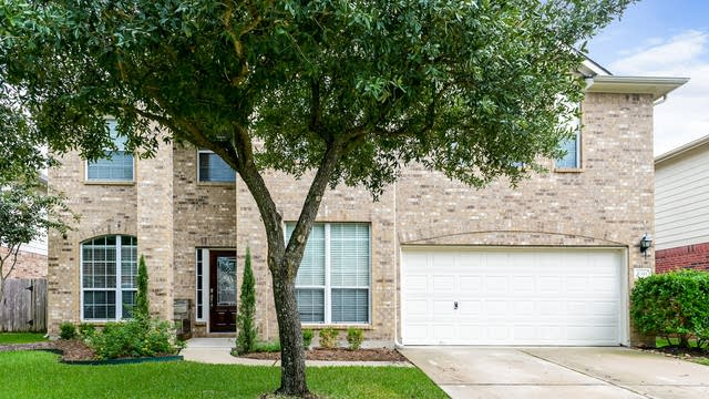Photo 1 of 25 - 8311 Point Pendleton Dr, Tomball, TX 77375