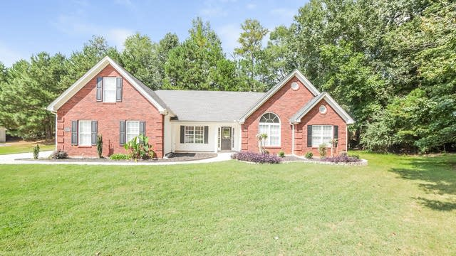 Photo 1 of 21 - 70 Bermuda Way, Covington, GA 30016