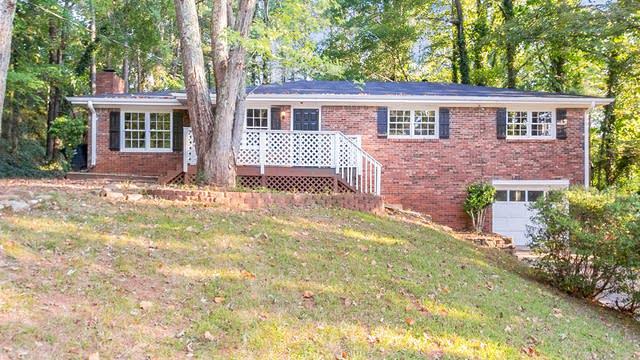 Photo 1 of 25 - 1538 Oakmont Dr, Acworth, GA 30102