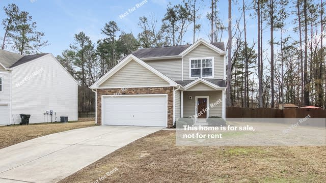 Photo 1 of 25 - 1079 Heritage Manor Dr, Raleigh, NC 27610