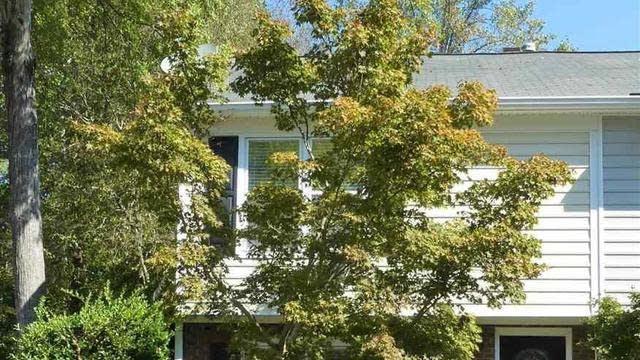 Photo 1 of 20 - 3606 Plumbridge Ct, Raleigh, NC 27613