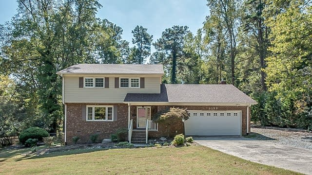 Photo 1 of 24 - 1105 Donphil Rd, Durham, NC 27712