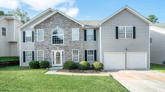 Photo 1 of 17 - 4864 Michael Jay St, Snellville, GA 30039