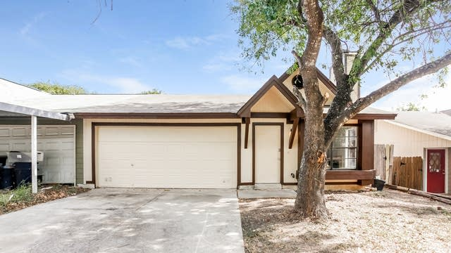 Photo 1 of 24 - 8432 Forest Ridge Dr, San Antonio, TX 78239
