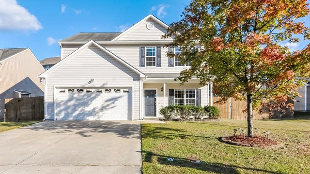Photo 1 of 25 - 4330 Bay Rum Ln, Raleigh, NC 27610