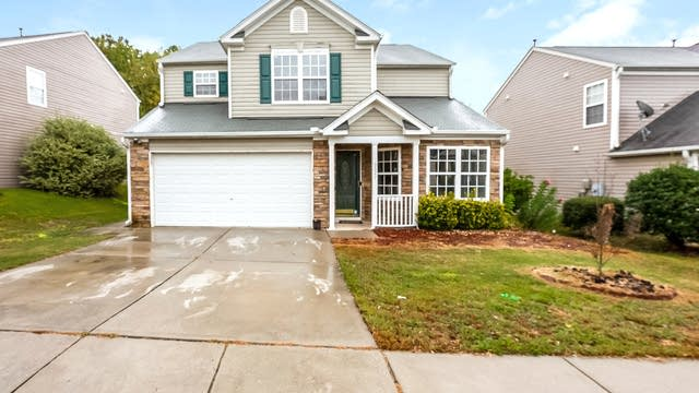 Photo 1 of 25 - 3327 Marshlane Way, Raleigh, NC 27610