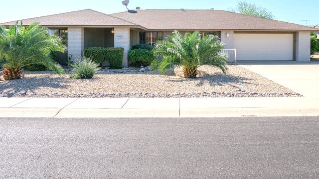 Photo 1 of 23 - 12903 W Crystal Lake Dr, Sun City West, AZ 85375