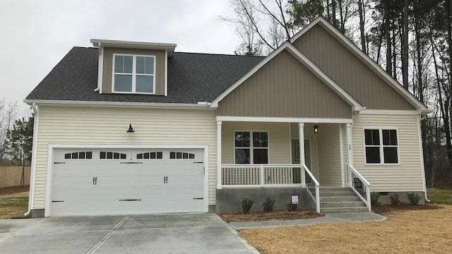 Photo 1 of 30 - 20 Dukes Ln, Youngsville, NC 27596