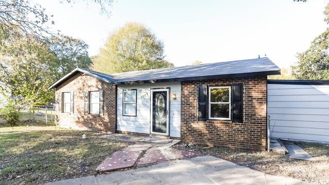 Photo 1 of 25 - 1325 Armstrong Cir, Raleigh, NC 27610