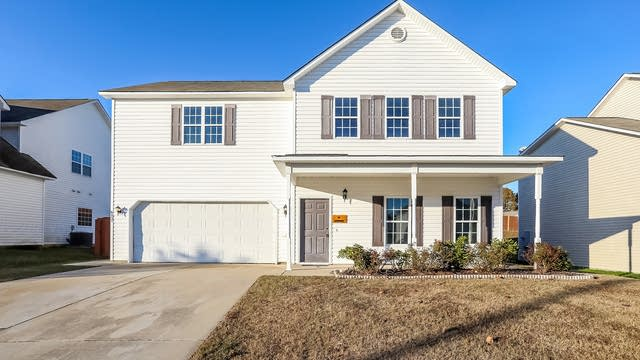 Photo 1 of 25 - 6857 Lakinsville Ln, Raleigh, NC 27610