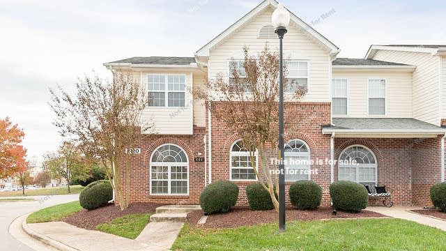 Photo 1 of 19 - 2120 Piney Brook Rd #101, Raleigh, NC 27614