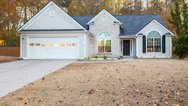 Photo 1 of 21 - 2115 Charleston Oak Cir, Lawrenceville, GA 30043