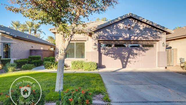 Photo 1 of 17 - 44080 W Garden Ln, Maricopa, AZ 85139