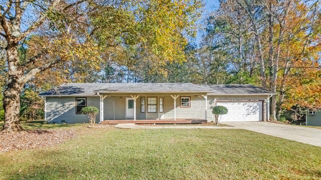 Photo 1 of 18 - 3855 Willow Ridge Rd, Douglasville, GA 30135