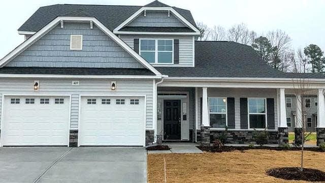 Photo 1 of 12 - 521 Richlands Cliff Dr, Youngsville, NC 27596