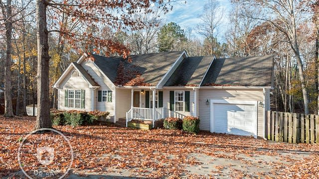 Photo 1 of 17 - 215 Beaver Ridge Dr, Youngsville, NC 27596