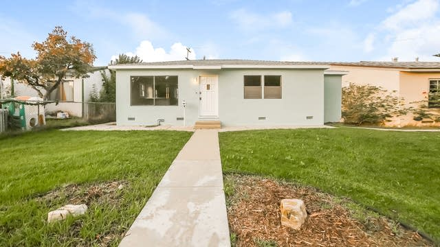 Photo 1 of 25 - 1213 Electric St, Gardena, CA 90248