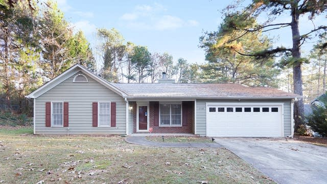 Photo 1 of 17 - 1548 Red Briar Way, Jonesboro, GA 30236