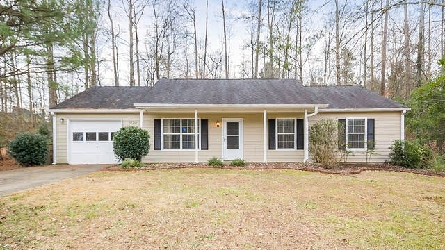 Photo 1 of 28 - 1720 Colemans Lndg, Woodstock, GA 30188