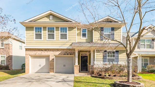 Photo 1 of 18 - 7011 Lake Grove Blvd, Cary, NC 27519