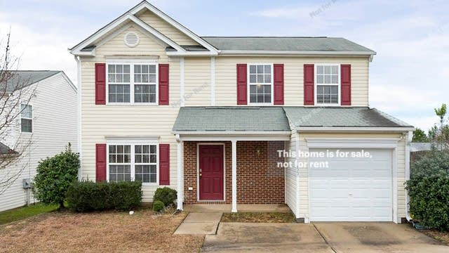 Photo 1 of 16 - 7255 Great Laurel Dr, Raleigh, NC 27616