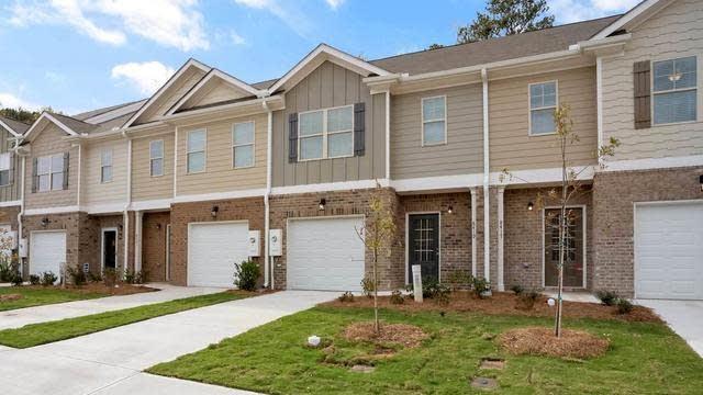 Photo 1 of 27 - 8448 Douglass Trl #109, Jonesboro, GA 30236