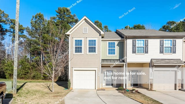 Photo 1 of 25 - 2601 Benevolence Dr, Raleigh, NC 27610