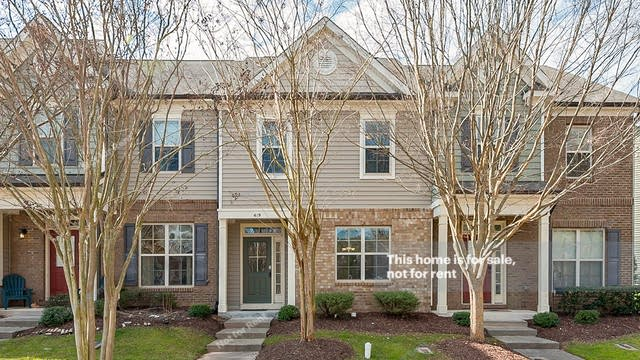Photo 1 of 17 - 419 Matheson Pl, Cary, NC 27511