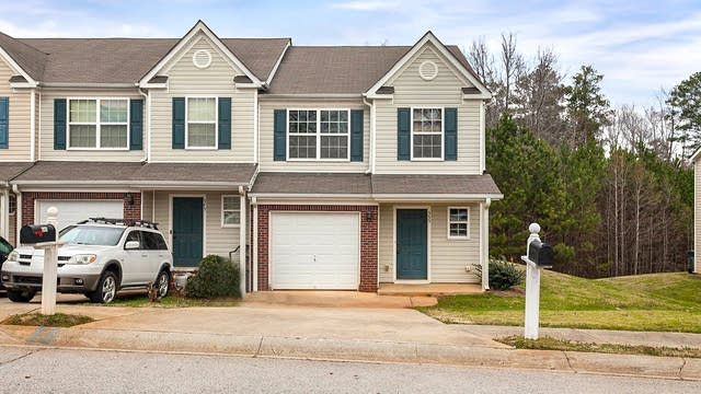 Photo 1 of 21 - 555 Chase Ln, McDonough, GA 30253