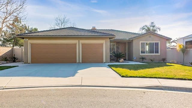 Photo 1 of 21 - 547 Ashford Ct, Beaumont, CA 92223