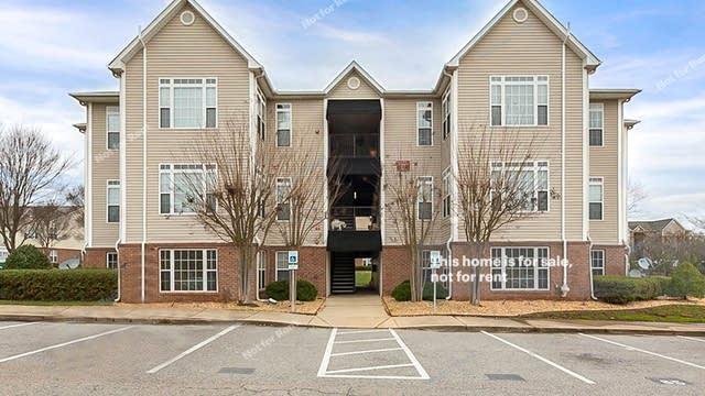 Photo 1 of 11 - 2501 Vancastle Way #101, Raleigh, NC 27617