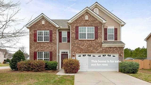 Photo 1 of 20 - 245 Shore Pine Dr, Youngsville, NC 27596