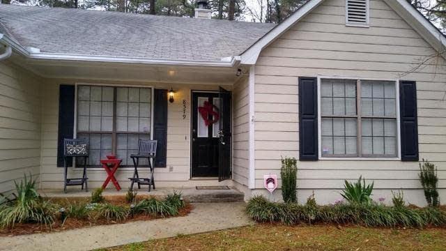 Photo 1 of 24 - 8579 Hilltop Rd, Jonesboro, GA 30236