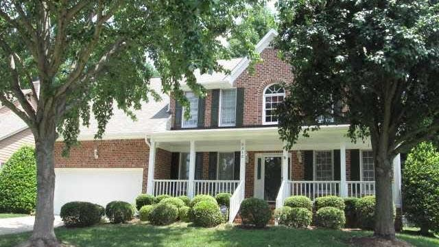 Photo 1 of 25 - 5312 Willow Cry Ln, Raleigh, NC 27613