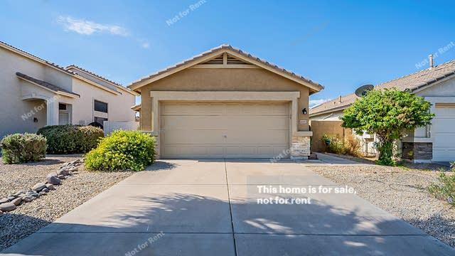 Photo 1 of 20 - 8649 E Natal Ave, Mesa, AZ 85209