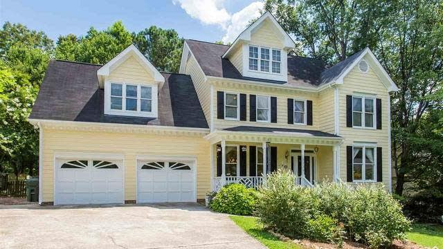 Photo 1 of 30 - 6536 Battleford Dr, Raleigh, NC 27613