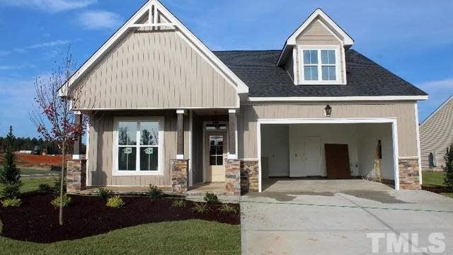 Photo 1 of 27 - 81 Sweetbay Park, Youngsville, NC 27596