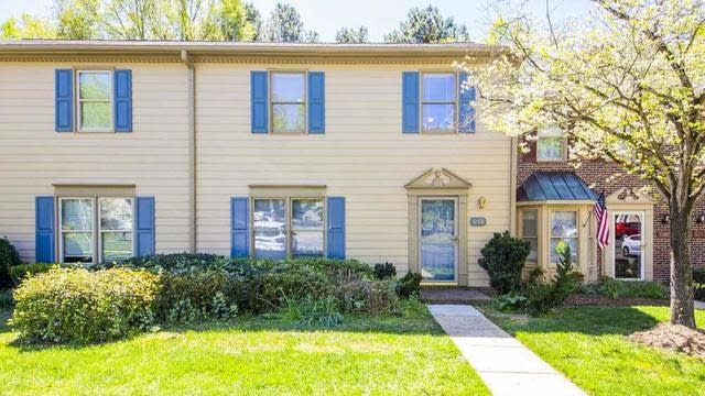 Photo 1 of 30 - 6708 Tattershale Ct, Raleigh, NC 27613