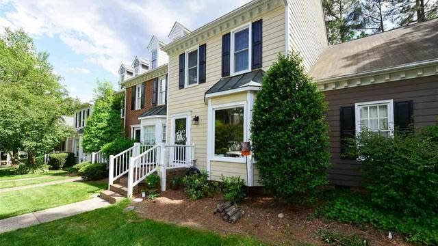 Photo 1 of 26 - 6002 Epping Forest Dr, Raleigh, NC 27613