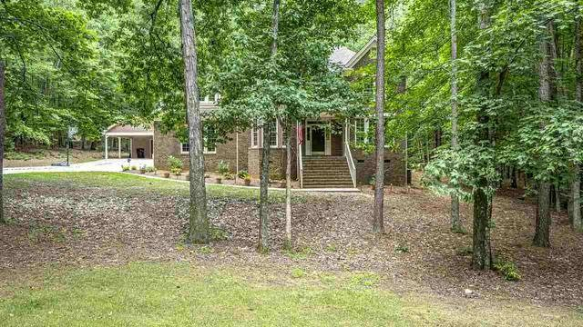 Photo 1 of 30 - 1216 Kintail Dr, Raleigh, NC 27613