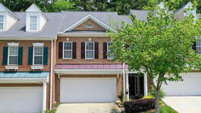 Photo 1 of 30 - 4062 Barton Park Pl, Raleigh, NC 27613