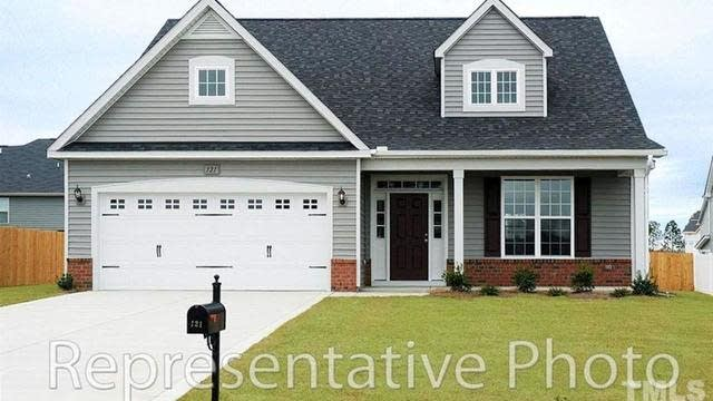 Photo 1 of 20 - 5 Falls Creek Dr, Youngsville, NC 27596