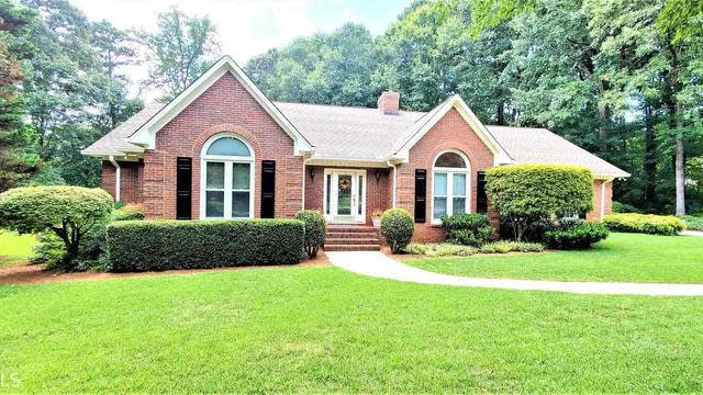 Photo 1 of 42 - 210 Jamestown Ave, Jonesboro, GA 30236