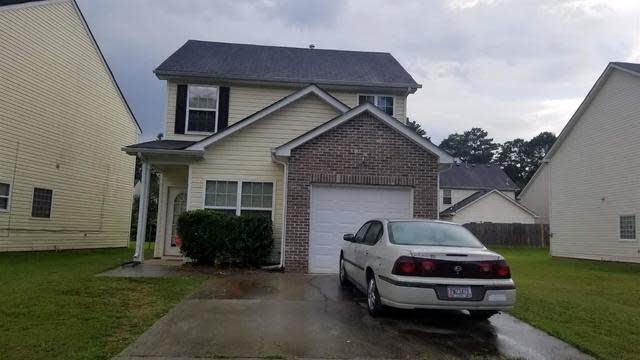 Photo 1 of 2 - 358 Haverhill Ln, Jonesboro, GA 30236
