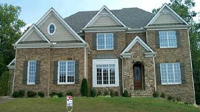 Photo 1 of 2 - 2607 Stone Manor Dr, Buford, GA 30519