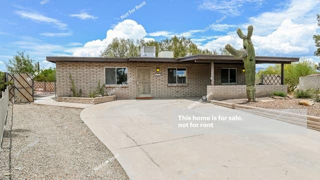 Photo 1 of 27 - 3710 S Le Beaux Pl, Tucson, AZ 85730